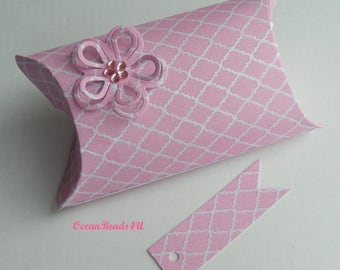8 Light Pink Pillow Boxes + Gift Tags