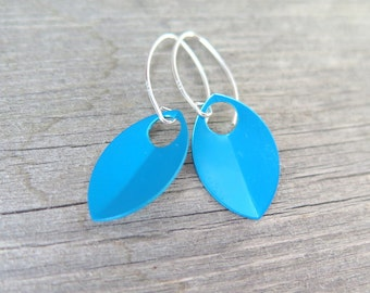 modern turquoise earrings in sterling silver. turquoise jewellery.