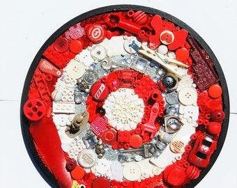 Magpie Mosaics Wheel: Recycled Objects 006