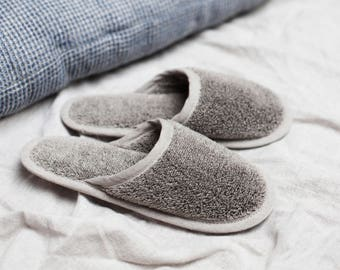 Linen home slippers for men & women black/pure, sauna slippers, natural linen slippers, natural sustainable loungewear. Made in Europe