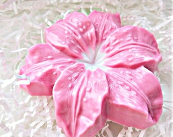 Lily Soap-Flower Soap-Plant Soap-Women Gift-Gift for Her-Party Favor