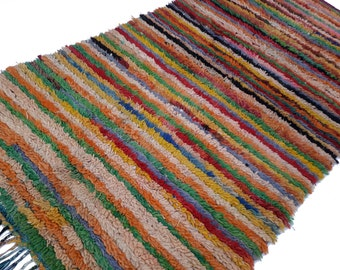 """95""""X51"""" Vintage Moroccan rug woven by hand from scraps of fabric / boucherouite / boucherouette"""