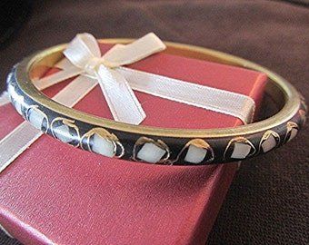 Brass bangle Indian Hippie bangle Boho bangle mother of pearl handcrafted inlay black white vintage 70s.