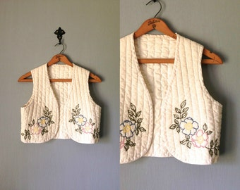 Vintage EMBROIDERED Vest •1970s Clothing •Ivory White Quilted Cotton Canvas Embroidered Needlepoint Waistcoat •Women Small Medium Large