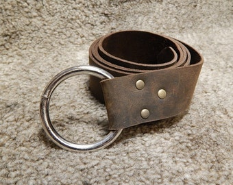 medieval leather belt with o ring. black or brown,  reenactment and LARP, SCA