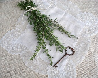 Organic Rosemary Sprigs/ Wedding Place Settings/ Cake Decor/ Culinary Herbs/ Garden Cuttings/ Greenery