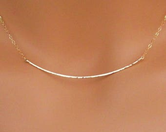 Curved Gold Bar Necklace, Hammered Curved Bar Necklace, 14kt Gold Filled Curved Bar Necklace, Hammered Gold Bar Necklace