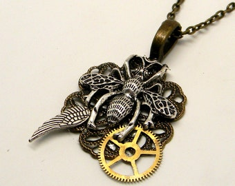 Steampunk jewelry. Steampunk bumble bee necklace pendant.