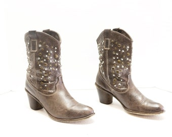 Steve Madden Studded ankle cowboy  Booties  Boots Size 40 or   10 M