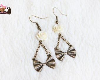 Hoop earrings - Small romantic knots