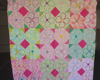 Handmade Daisy Flower Quilt / Twin Patchwork Quilt / Quiltsy