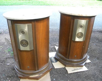 good shape pair of vintage mid century EMPIRE 9000 GRENADIER MARBLE top speakers pick up only