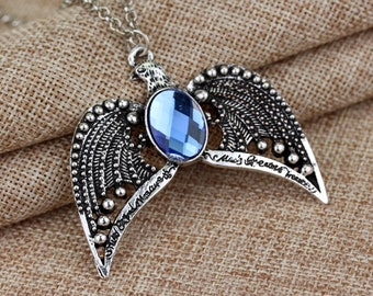 Vintage Jewelry Pigeon Necklace Women accessories Female Retro