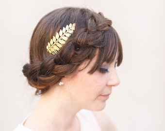 Simple Goddess Gold Leaf Comb -  Bridal or Special Occasion Boho Comb, crown, hair piece, barrette, clip, hairpin, laurel, leaf, wedding
