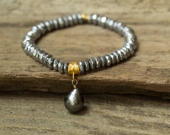 Tahitian Pearl Bracelet, Pearl Bracelet, Hematite Bracelet, Stretch Bracelet, Stack Bracelet, Layering Bracelet, Gemstone Bracelet, Boho