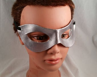 leather mask in silver - masquerade mask - Renaissance mask - medieval - mardi gras mask - cosplay accessories - Halloween mask - pagan mask