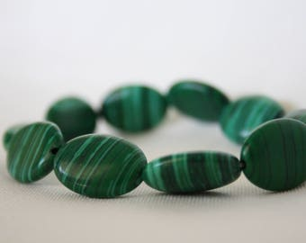 Stylish rich green malachite bracelet - unique, green, malachite, beads, beaded bracelets, bracelets, handmade, gifts for her