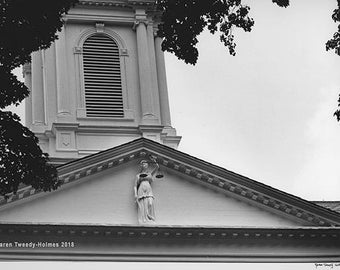 Figure of Justice, Morris County (New Jersey) Courthouse façade, 1989