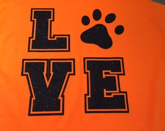 LOVE Paw Print ~ Great For All Animal Lovers