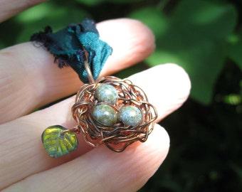 Woodland Moss birdnest on sari ribbon