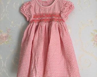 Vintage 1990s Toddler Girls Pink Gingham Smocked Dress! Size 2