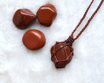 Necklace Sautoir Jasper red • MicroMacrame • • • • • • Cesira... Mineral Crystal Gemstone Macrame Necklace •••ref. •••