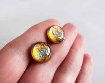 Gold Green Round Stud Earrings - Hypoallergenic Surgical Steel Posts