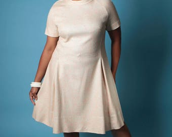 Vintage 60s Dress // Plus Size Cream and Pink Nubby Wool Fit and Flare Dress // Plus Size Dress (sz XL 1X 14 16)
