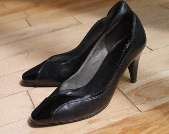 Vintage 1950s 1960s 1980s Black Leather & Patent Court Shoes Size 4 / 37 - Retro