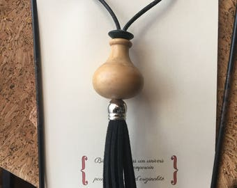 women pendant necklace wood black leather cord black tassel