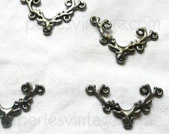 Shiny gunmetal metalgun deer pendant