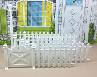 MARX PLASTIC FENCING, 6 Pieces, Gate & Post Sections, 1960's,  Marxie Mansion or Pool, Vintage Tin Dollhouse