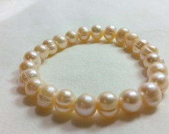 Pear Cultured, Freshwater Peach Bracelet