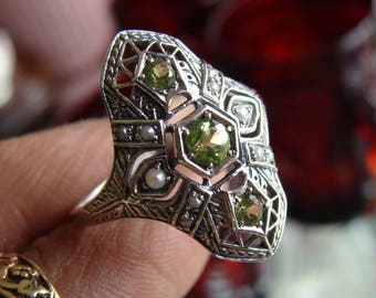 Art Deco design Sterling Silver Peridot & Seed Pearl  Ring  Size 8.5