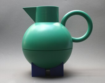Vintage 1990s ALESSI thermos jug, Model Euclid by the designer MICHAEL GRAVES, Made in Italy, Green and blue plastic, Kitchen decor