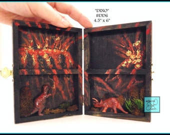 "T Rex and Volcano, Tricerotops Diorama Box, DD6 ""Dino"""