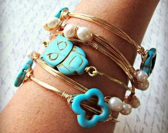 Bangle. Bracelet Set, turquoise blue owl bangle, owl bangle, teal, tuquoise owl, stackable bangle, pearl bracelets, pearl stackable