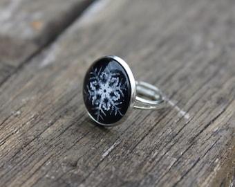 Snowflake Winter Ring - Adjustable Christmas winter snow snowflake Glass Dome Ring