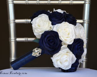 NAVY BLUE & IVORY Bridal Bouquet With Brooch Handle. Navy Blue Bouquet. Brooch Bouquet. Ivory Bouquet. Navy Bouquet. Choose Ribbon Color.