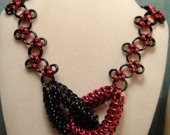 red/black gothic Chainmail knot necklace harlequin jester fantasy coslay