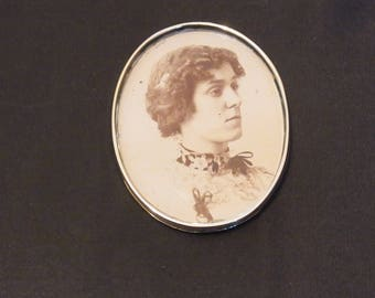 Silver Plated Photo frame with Edwardian Lady Photo Edwardian Photo Holder Edwardian Collectible Edwardan Lady Photograph 1900s