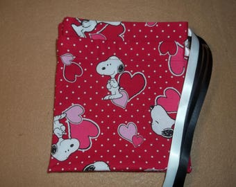 Valentine's Day/Snoopy and Hearts    drawstring gift/treat/goody/storage/party favor bags