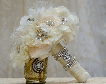 Brooch Bouquet FULL PRICE Gatsby  Fabric flower  Ivory Champagne White Cream