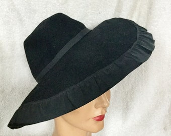 1940s Wide Brimmed Hat