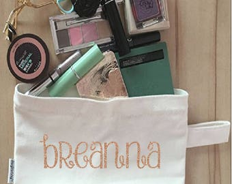 Personalized Make-Up Bag, cosmetic bag, bridesmaid gift, bride gift, shower gift, wedding gift, storage bag, accessories bag, travel bag