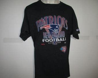 Vintage 90's New England Patriots NFL 75th Silver Anniversary Tshirt