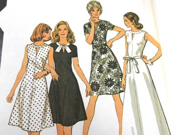 Vintage McCall's Printed Pattern #3608 Misses Size 20 Bust 42 Dresses 1973 Uncut Sewing Notions Pattern Vintage Fashion Supplies (G340)