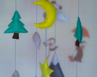 Baby Crib Mobile. Baby Mobile, Modern Nursery mobile, Felt Mountains and Tree, Mountain nursery decor, Cloud Cot Mobile,Green Gray