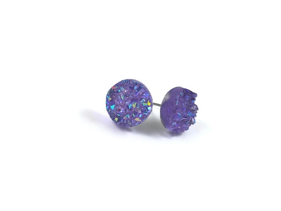 Purple druzy stud earrings - Hypoallergenic pure titanium and resin