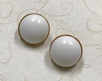 70 Round White Lucite Button Dome Clip Earrings
